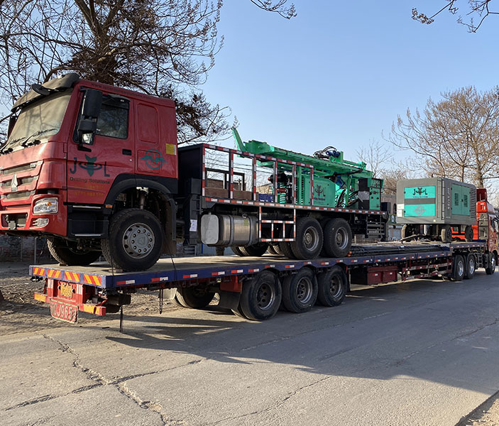 Truck Mounted Drilling Rig Sent To Zimbabwe