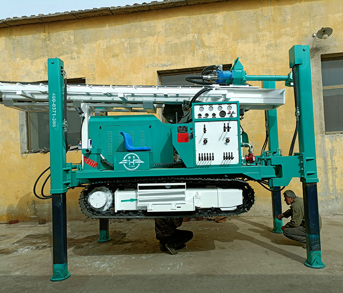 HFJ300C Crawler Type Water Well Drilling Rig Sent To Ethiopia